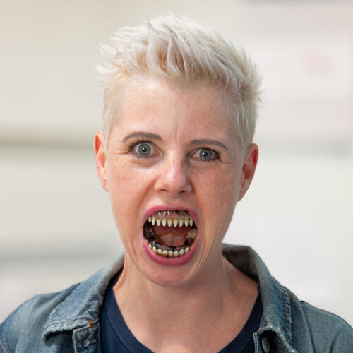 Esther teeth